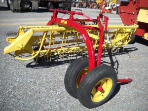 256 NEW HOLLAND W/ DOLLY WHEEL  Image