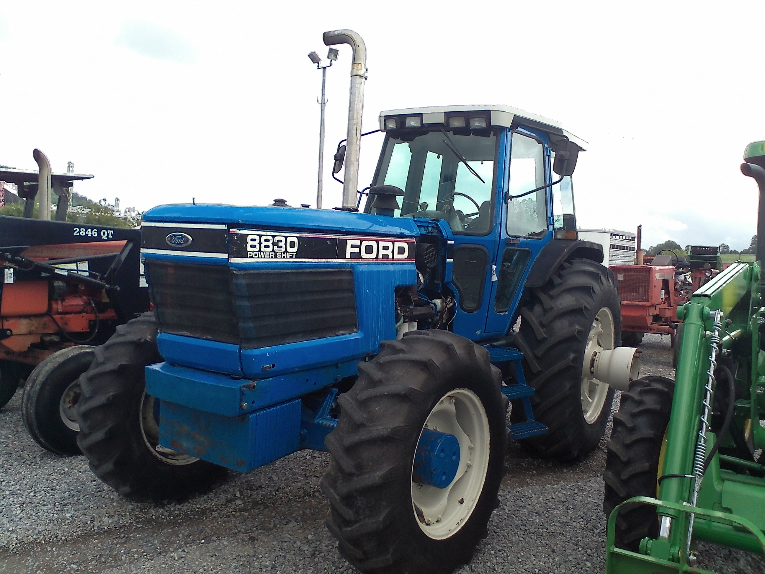 FORD 8830 4X4 W/ CAB Image