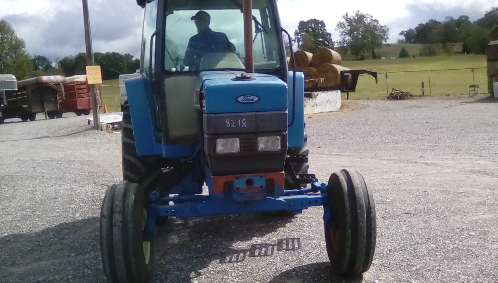 FORD 7740 TRACTOR W/ CAB Image