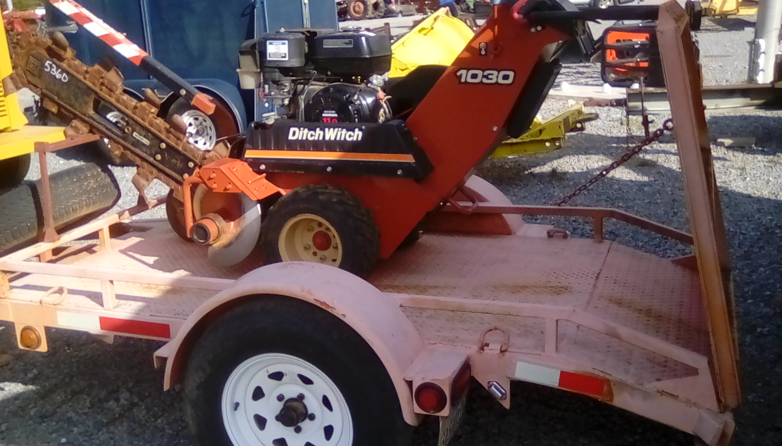 DITCH WITCH W/ TRAILER Image
