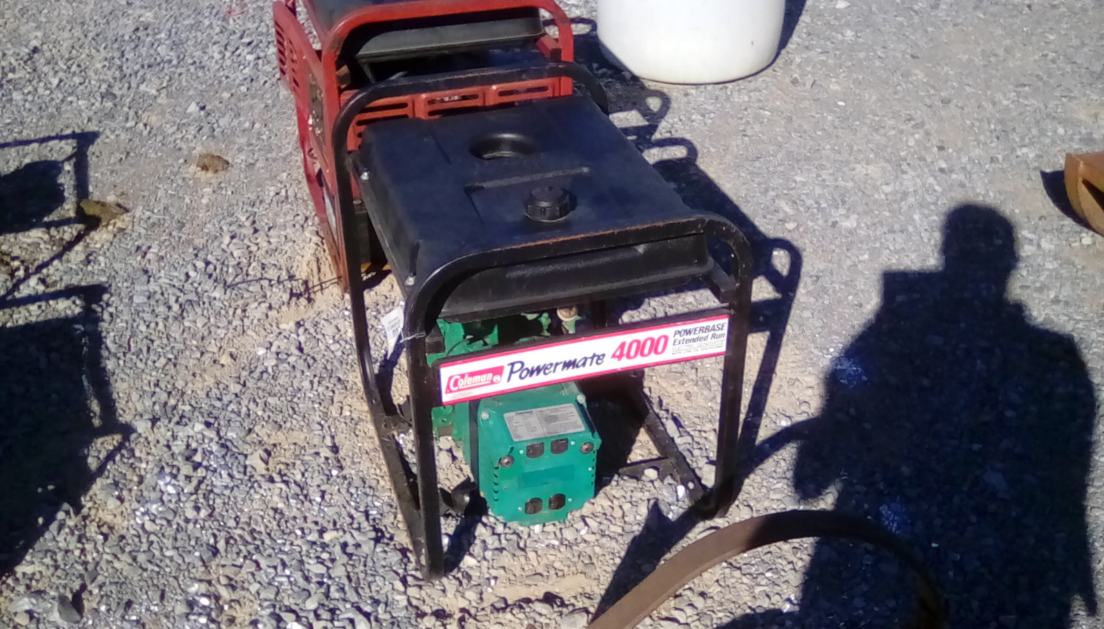 COLEMAN POWERMATE 4000 GAS POWERED GENERATOR Image