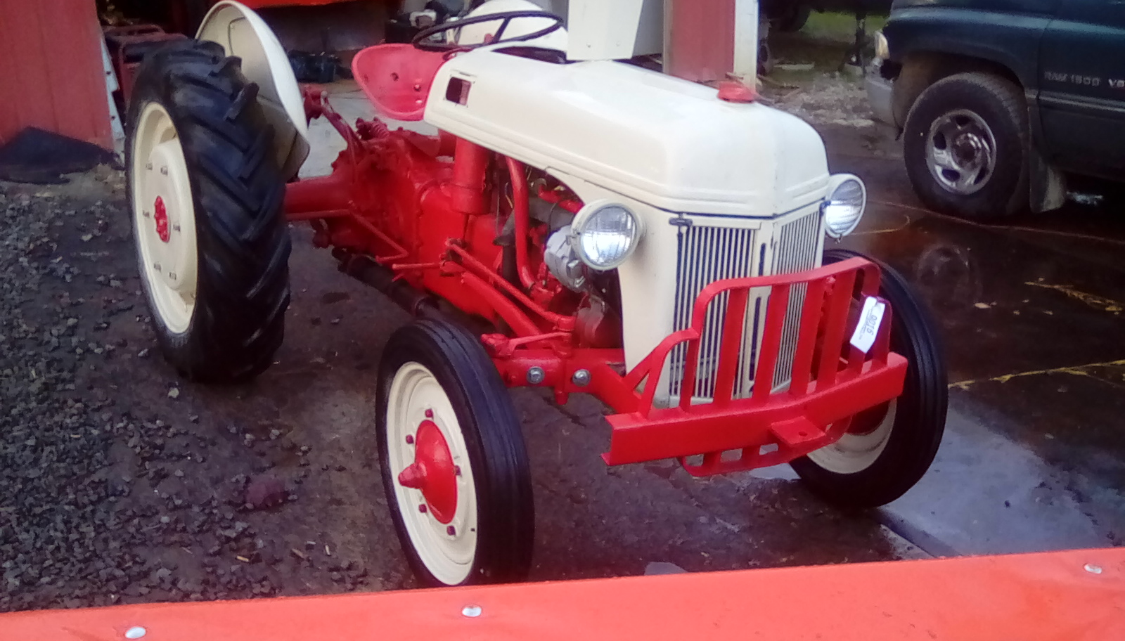 FORD 2N TRACTOR Image